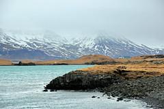 Landschaft bei Reykjavik IMG_7559 (pappleany) Tags: pappleany outdoor reykjavik island iceland landschaft landscape nordatlantik northatlantic berge ufer winter