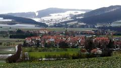 Irgendwo in der Rhön (Panasonikon) Tags: panasonikon panasonic dmcfz50 rhön landschaft landscape dorf hügel schnee snow winter