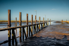 Vor der Schleuse (Onascht) Tags: d750 heaven art steg dslr langsambelichtung amateurphotographer südfriesland nordsee lzb varel tide niedersachsen hafen photoart outdoor photography northsea nikon seascape digitalart photoshop lightroom ebbe