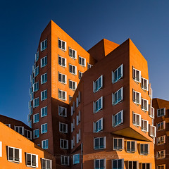 _MG_6896 - Gehry-Bauten №4 (AlexDROP) Tags: 2015 dusseldorf germany deutschland travel color abstract building city urban architecture canon6d ef241054lis best iconic famous mustsee picturesque postcard circpl