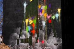 kid crap (Rasande Tyskar) Tags: hamburg karo viertel streetart art street urban graffiti graffity graffito flecken farbe punkte dots