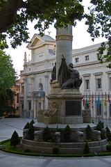 Monumento a Francisco Romero Robledo El Senado Plaza de la Marina Española Madrid (Rafael Gomez - http://micamara.es) Tags: monumento francisco romero robledo el senado plaza de la marina española madrid barrio los austrias