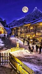 Schweiz - Gruyères - Street in Christmas Light (monte-leone) Tags: gruyères panorama schweiz switzerland