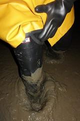That's better (essex_mud_explorer) Tags: black coarsefisher rubber thigh boots waders thighboots thighwaders rubberboots rubberwaders gates uniroyal hunter madeinscotland madeinbritain cuissardes watstiefel rubberlaarzen gummistiefel marigoldemperor gauntlets gloves me107 mud muddy muddywellies muddyboots muddywaders creek estuary tidal estuarymud mudflats mucking muckingflats stanfordlehope thamesestuary