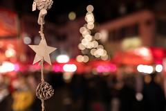 Chlausemäret (Bephep2010) Tags: 35mmf14dghsmart 7markiii alpha bokeh chlausemäret europe friedhofsplatz ilce7m3 schweiz sigma solothurn sony stern switzerland weihnachten weihnachtsmarkt art christmas christmasmarket christmastree cone lights night star ⍺7iii kantonsolothurn ch