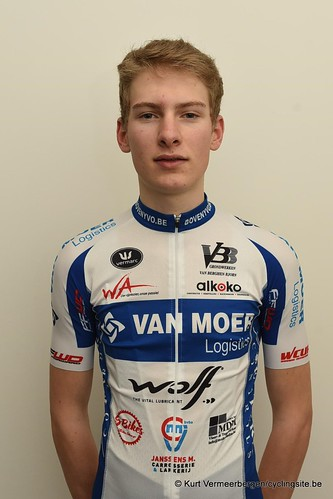 Van Moer Logistics Cycling Team (122)