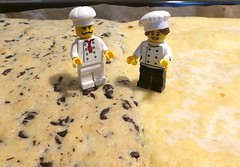 Ginger-Chocolate vs Lemon Cake (captain_joe) Tags: toy spielzeug 365toyproject lego series17 minifigure minifig pastrychef marie albert brubeck baker bäcker kuchen cake ginger chocolate lemon