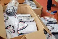 Entrega uniformes quadra José de Oliveira (Prefeitura do Município de Bertioga) Tags: entrega uniformes quadra josé de oliveira educação vanessa matheus escola