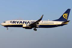 EI-EXF_02 (GH@BHD) Tags: eiexf boeing 737 738 737800 b738 b737 fr ryr ryanair aircraft aviation airliner ace gcrr arrecifeairport arrecife lanzarote