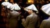 Vietnam - Fête de la Lumière à Hoi An. (Gilles Daligand) Tags: vietnam hoian fête lumière defilé femmes chapeaux coniques transparents éclairés tuniques blanches happyplanet asiafavorites