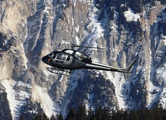 IMG_4078 (Tipps38) Tags: hélicoptère aviation photographie montagne alpes avion courchevel neige helicopter 2019 planespotting