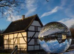 Freilichtmuseum Lindlar - Kleinstwohnhaus aus Hilden (kultpix) Tags: winter glasball glaskugel museum fachwerk freilichtmuseumlindlar olympus em1 haus gebäude architektur historisch bergischesland nrw