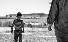 Duel à Iriki (Stephane Rio 56) Tags: maroc paysage enfant nb afrique africa bw child landscape ma mar morocco