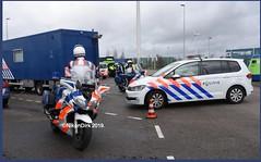 Dutch KMAR And Police. (NikonDirk) Tags: nikondirk politie police military koninklijke marechaussee highway brabant borderpatrol yamaha fjr vw volkswagen touran border kmar patrol