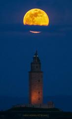 Superluna del 19-2-2019. (Emilio Rodríguez Álvarez) Tags: luna torre hércules superluna moon supermoon coruña galicia galiza spain españa