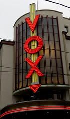 Vox, Strasbourg (blafond) Tags: vox cinéma néon néons strasbourg alsace basrhin