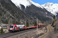 1116 159, ASTB 9613 ( Böckstein > Mallnitz ). Mallnitz-Hintertal (M. Kolenig) Tags: 1116 150jahrebrennerbahn autoschleusetauernbahn berg wald schnee weg baum mallnitz