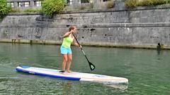Stehpaddlerin (Sanseira) Tags: ljubljana slowenien slovenia stand up paddling stehpaddeln fluss mädchen