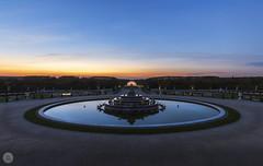 Latone [FR] (ta92310) Tags: château palace versailles unesco yvelines 78 idf france europe jardin sun soleil architecture parc park canon 6d garden autumn automne 2018 latone fontaine fountain travel