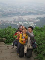 IMG_5923 (kenner116) Tags: 台灣 taiwan 新北 newtaipei 觀音山 guanyinshan guanyinmountain 硬漢嶺 淡水河 danshuiriver tamsuiriver guandubridge 關渡大橋
