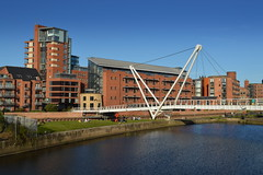 Footbridge over the river at Leeds (Tony Worrall) Tags: leeds yorkshire city architecture building built urban wet water waterway river bridge footbridge north update place location uk england visit area attraction open stream tour country item greatbritain britain english british gb capture buy stock sell sale outside outdoors caught photo shoot shot picture captured ilobsterit instragram