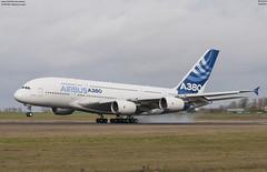 airbus A380-800 Airbus Industrie  F-WWOW (lucas slow) Tags: avion ciel cockpit photo spotting airbus a380 a380800 industrie fwwow winglet airport chr lflx châteauroux turboréacteurs bleu super jumbo