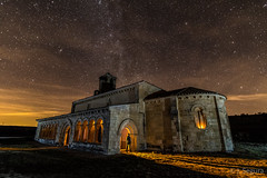 Luz celestial ;D (Yorch Seif) Tags: noche night nocturna nocturnal lightpainting longexposure largaexposicion estrellas stars d7500 tokina1116