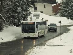 Mercedes Citaro Autocars Borini AH-062-AW Megève Virage du Maz (74 Haute-Savoie) 14-03-19a (mugicalin) Tags: fujifilm fujifilmfinepix fujifilmfinepixs1 s1 finepixs1 finepix l2 montdarbois megève hautesavoie 74 2019 régionauvergnerhônealpes skibus mercedes mercedesbenz mercedesbus mercedesbenzbus mercedescitaro citaro urbanbus germanbus borini autocarsborini neige snow snijeg schnee sneeuw hiver winter zima invierno route road weg strase cesta chemin track montagne mountain berg planina ah062aw megbus 10fav