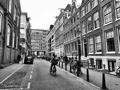 Nieuwe Kerkstraat 23-3-2019 (k.stoof) Tags: nieuwe kerkstraat amsterdam centrum fietser fiets bike bicycle verkeer traffic street city cityscape