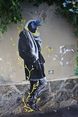 Parvati_1617 rue des Cascades Paris 20 (meuh1246) Tags: streetart paris paris20 belleville parvati ruedescascades oiseau animaux