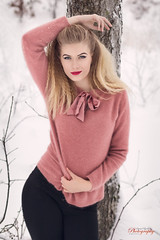 (Øyvind Bjerkholt (Thanks for 69 million+ views)) Tags: fashion beauty curves sexy hips pose blonde beautiful gorgeous pretty woman girl female she outdoors winter snow cold canon 50mm classy feminine elegance norway naturallight