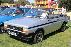 CEX 500Y (Nivek.Old.Gold) Tags: 1982 ford fiesta 13 s fly convertible fenglish