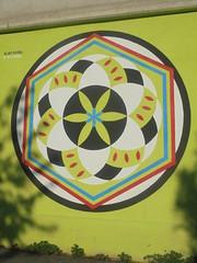 908 (en-ri) Tags: nart cerchio bianco nero verde azzurro rosso esagono torino wall muro graffiti writing