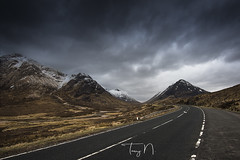 Road to Glencoe (Tony N.) Tags: europe unitedkingdom scotland ecosse glencoe buachaille buachailleetivemor road route hills collines cloudy clouds nuages nuageux highlands vanguard nikkor1635f4 nikon d810 tonyn tonynunkovics a82