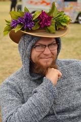 Keeping fashionable (radargeek) Tags: chickasha oklahoma 2018 april montmartrechalkartfestival chalk usao universityofscienceandartsofoklahoma flowers portrait beard glasses ok