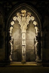 The West Door, Lichfield Cathedral 20/10/2018 (Gary S. Crutchley) Tags: lichfield cathedral close west door illuminated uk great britain england united kingdom nikon d800 history heritage local night shot nightshot nightphoto nightphotograph image nightimage nightscape time after dark long exposure evening raw