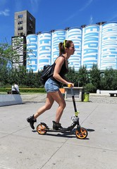 Transportacion (carlos_ar2000) Tags: monopatin skateboard chica girl mujer woman bella beauty sexy calle street paseo walk linda pretty gorgeous buenosaires argentina