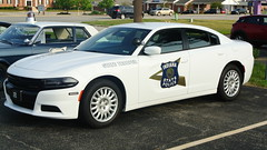 Indiana State Police (Emergency_Spotter) Tags: indiana state police isp indianapolis trooper pio public information officer dodge charger 57l v8 hemi awd slicktop hubcap rims alloy
