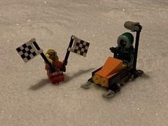 2019-042 - Snowmobile Race