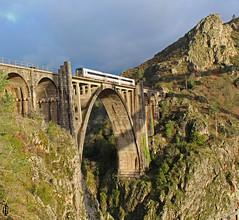 Ponte Ulla (Iago G. V.) Tags: serie 594 trd ponte ulla regional express ferrocarril convencional santiago de compostela ourense galicia renfe viajeros