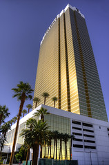 Trump International Hotel, Las Vegas (Preston Ashton) Tags: trump international hotel tower las vegas nevada prestonashton gold golden blue sky sun sunny sunshine