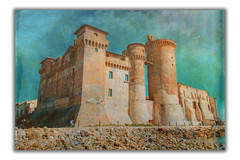 Castello (Painting) (Luigi Pallara) Tags: canoneos70d sigma175028 castello santasevera antico pittura postproduzione sovrapposizioni ancient painting postproduction overlays amazing photographydaily italianphotographers italy fotografiitaliani streetsvision jawdropping