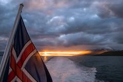 Eyjafjörður (josefrancisco.salgado) Tags: 2470mmf28g d5 eyjafjörður iceland nikkor nikon northesternregion atardecer bandera fiordo fjord flag ocaso puestadelsol sunset is
