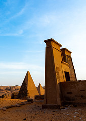 Pyramids of the kushite rulers at Meroe, Northern State, Meroe, Sudan (Eric Lafforgue) Tags: africa ancient ancientcivilization archaeology architecture blackpharaohs cemetery colorimage copyspace day desert famousplace mausoleum meroe meroitic nopeople northsudan northerncemetery nubia outdoors photography placeofburial pyramid saharadesert sudan sudan180909 thepast tomb tourism tourists tranquilscene travel traveldestinations unescoworldheritagesite vertical northernstate sd