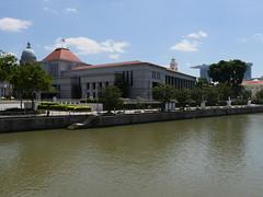 SingaporeRiverColonialDistrict001 (tjabeljan) Tags: singapore asia colonialdistrict singaporeriver colemanbridge oldparliament fullertonhotel themelrion raffles victoriatheatre clarkquay marinabay