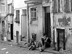 Istanbul, camminando nel quartiere di Balat (Valerio_D) Tags: istanbul balat turchia türkiye türkiyecumhuriyeti turkey 2014estate 1001nights
