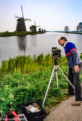 Kinderdijk, Netherlands (Manuel ROMARIS) Tags: holland nikonscanner windmill thenetherlands kinderdijk holanda tripod camera photograher