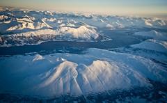 Per sobre del Balsfjorden / Over the fjords (SBA73) Tags: noruega norway norge troms tromso tromsø artic hivern winter neu nieve snow schnee fred frio cold flugzeug sas 737 aircraft airplane plane flight balsfjorden fjord fiord view kvannfjellet