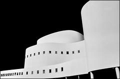 Schauspielhaus Dusseldorf (Logris) Tags: architektur gebäude architecture schauspielhaus düsseldorf dusseldorf bw sw