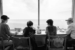 Four and the sea / 14 & 15 (hapePHOTOGRAPHIX) Tags: 392jpn asia asien colorful fujixe3 highcontrast honshu honshū indoor japan japón leuchtturm matsue mihonosekilighthouse prefecturadeshimane präfekturshimane restaurant shimaneprefecture black dsplyys faro hapephotographix white 島根県 本州 松江市 美保関灯台 schwarzweiss sw bnw blackandwhite blancoynegro matsueshi shimaneken jp